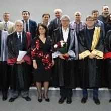 Ehrenpromotion Prof. Schwieger am 31.10.19 in Bukarest Ehrenpromotion Prof. Schwieger am 31.10.19 in Bukarest